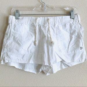 Aritzia TNA White drawstring shorts medium